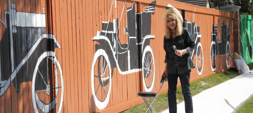 Look Back: Hundreds Gather to Paint Canada's Longest Mural